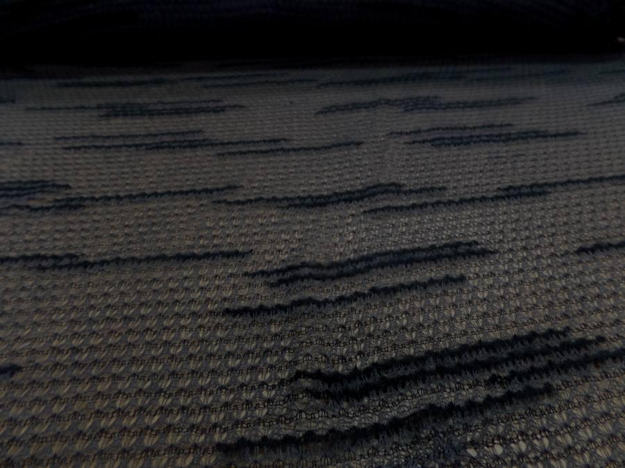 Maille faconne facon laine gris et noir1