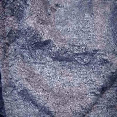 vente de tissu maille fine grise façonné froissée permanent