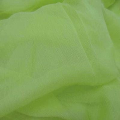 Mousseline crepon ne en soie 100 vert anis 1 45m