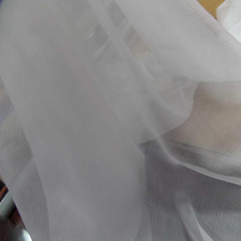 Mousseline de soie 100 crépon ne blanche
