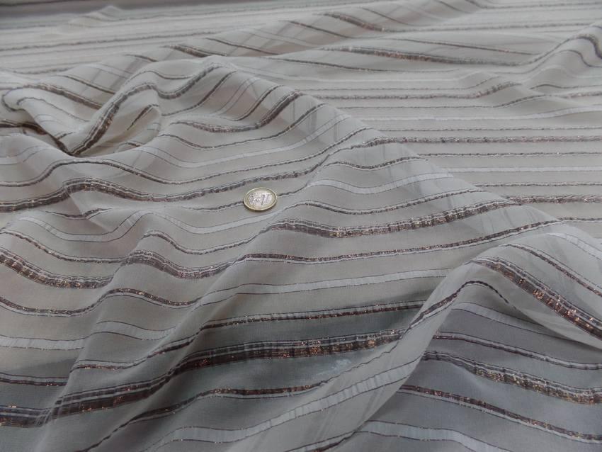 Mousseline de soie blanche faconne bandes lurex cuivre 0