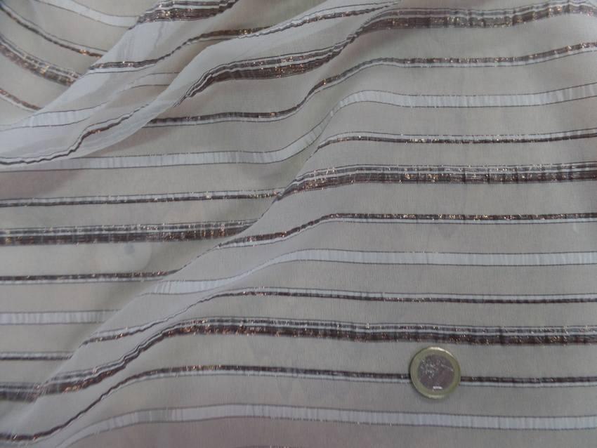 Mousseline de soie blanche faconne bandes lurex cuivre 6