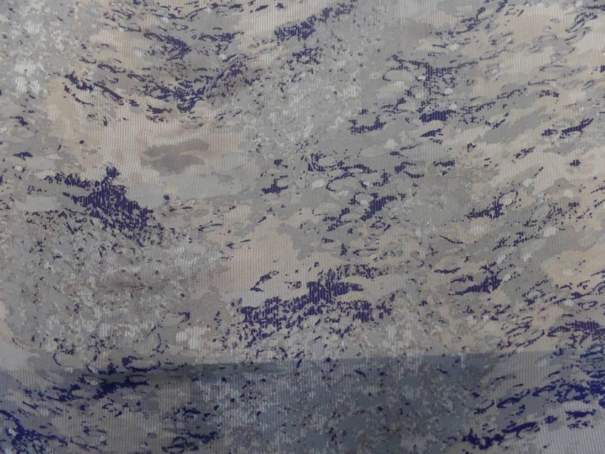 Mousseline de soie faconne rayure ton gris bleu marin04