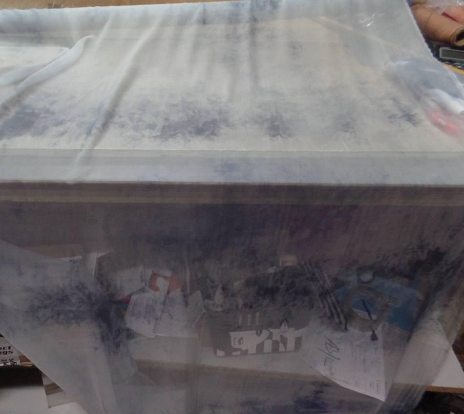 Mousseline de soie gris clair imprime bleu marine en ligne