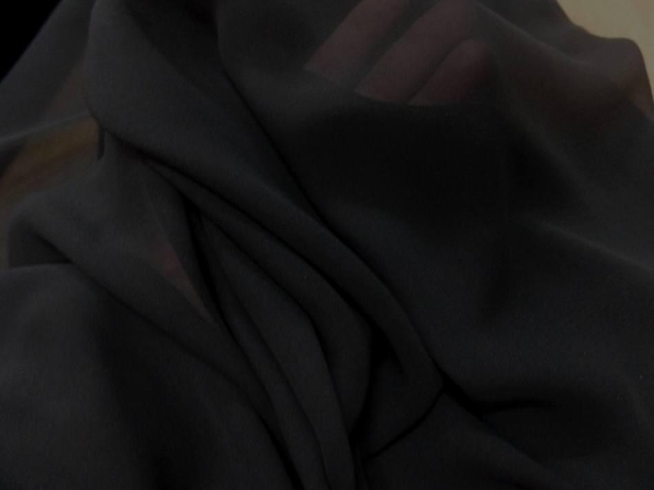 tissu mousseline de soie noire