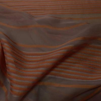 vente de mousseline de soie taupe a motifs bandes brodé en relief ton cuivre