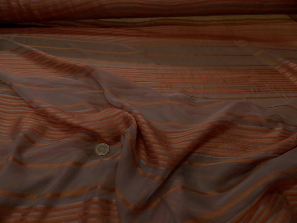 mousseline de soie taupe a motifs bandes brodé en relief ton cuivre en ligne
