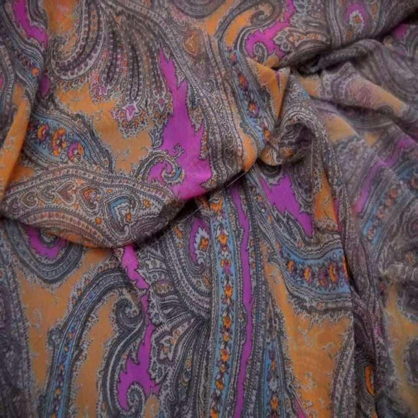 Mousseline imprime en polyester motifs cachemire7
