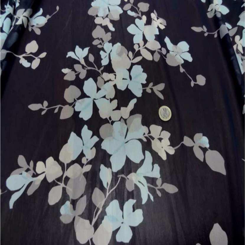 Mousseline imprime fleurs ton bleu tres fonce5