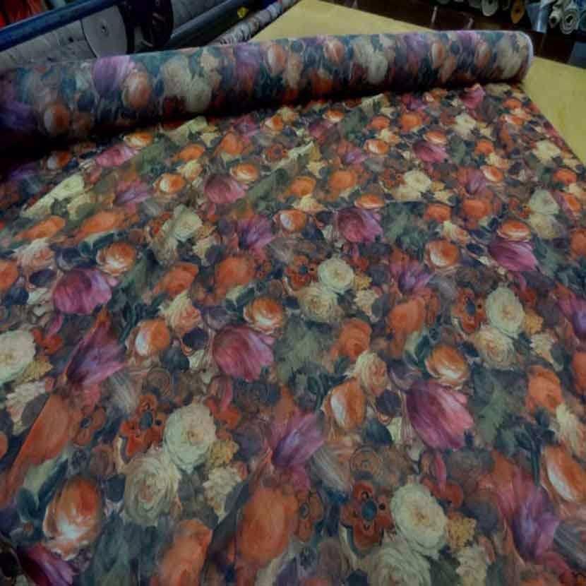 Mousseline imprime ton de terre motifs fleurs1