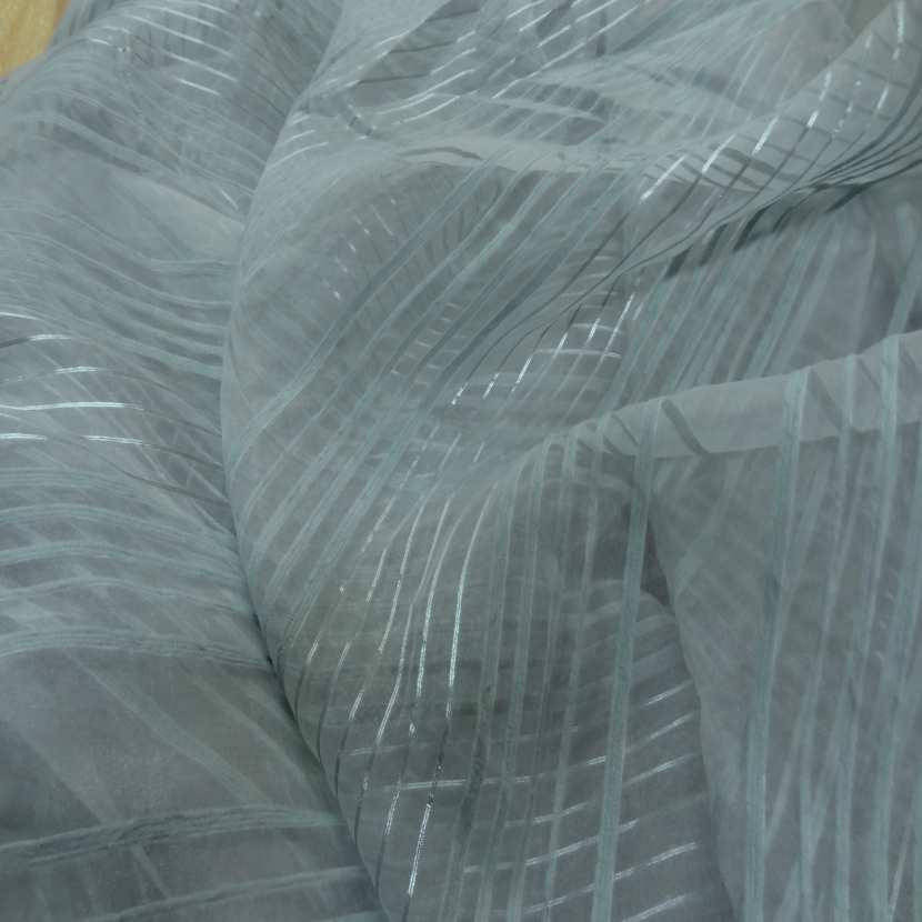 Organza bleu a rayures brodes en 2 90m de large plombe