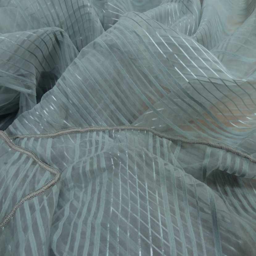 Organza bleu a rayures brodes en 2 90m de large plombe5