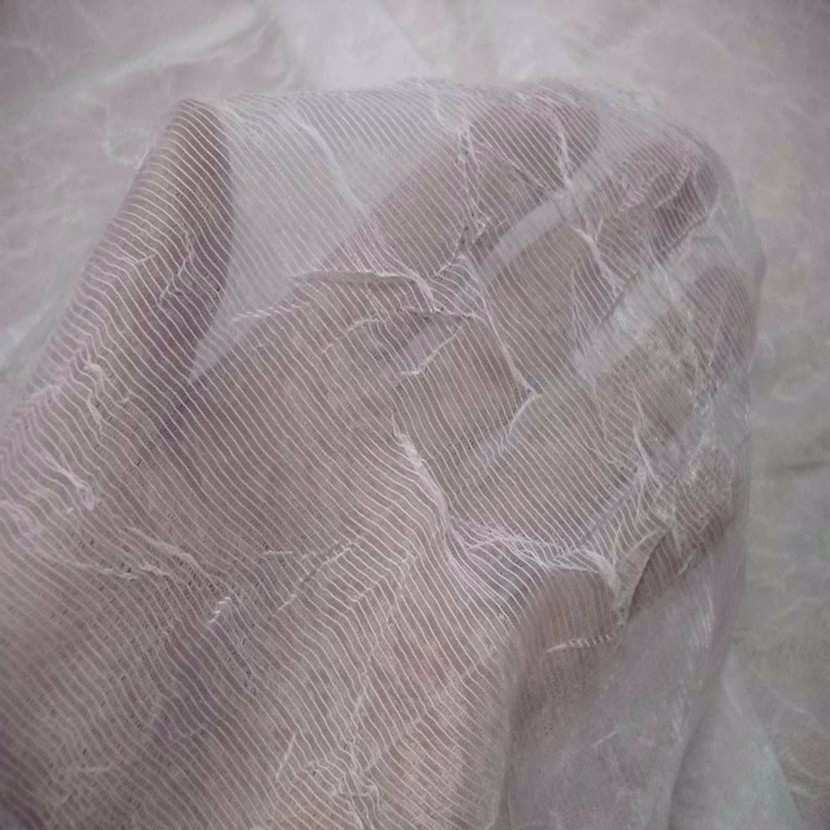 Organza froisse permanent blanc casse9