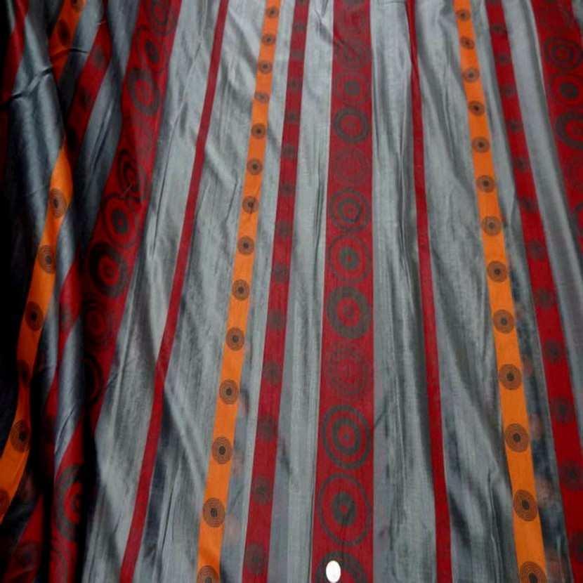 Organza gris a bandes orange rouge en 3m de large 9