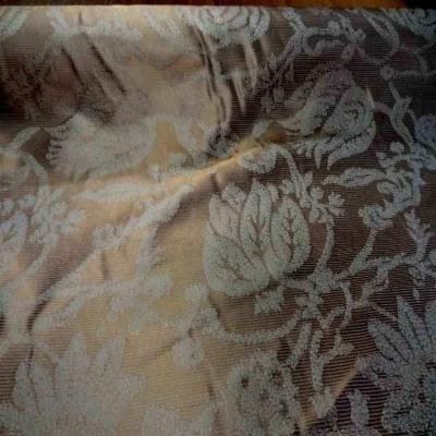 Ottoman 100 soie faconne double face ton beige dore