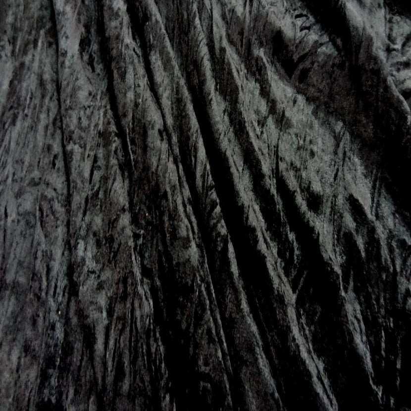 Panne de velours plisse noire8