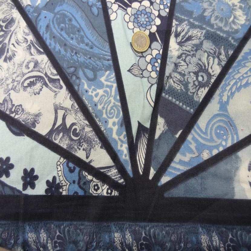 Panneau de gabardine coton ton bleu 0 90m06