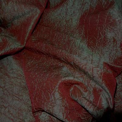 Panneau de taffetas froisse changeant rouge vert 2 10m sur 1 50m