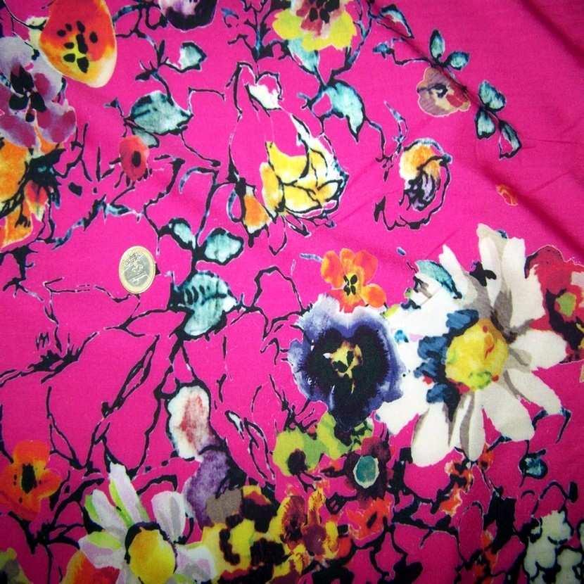 Panneau de viscose imprime fleurs rose2