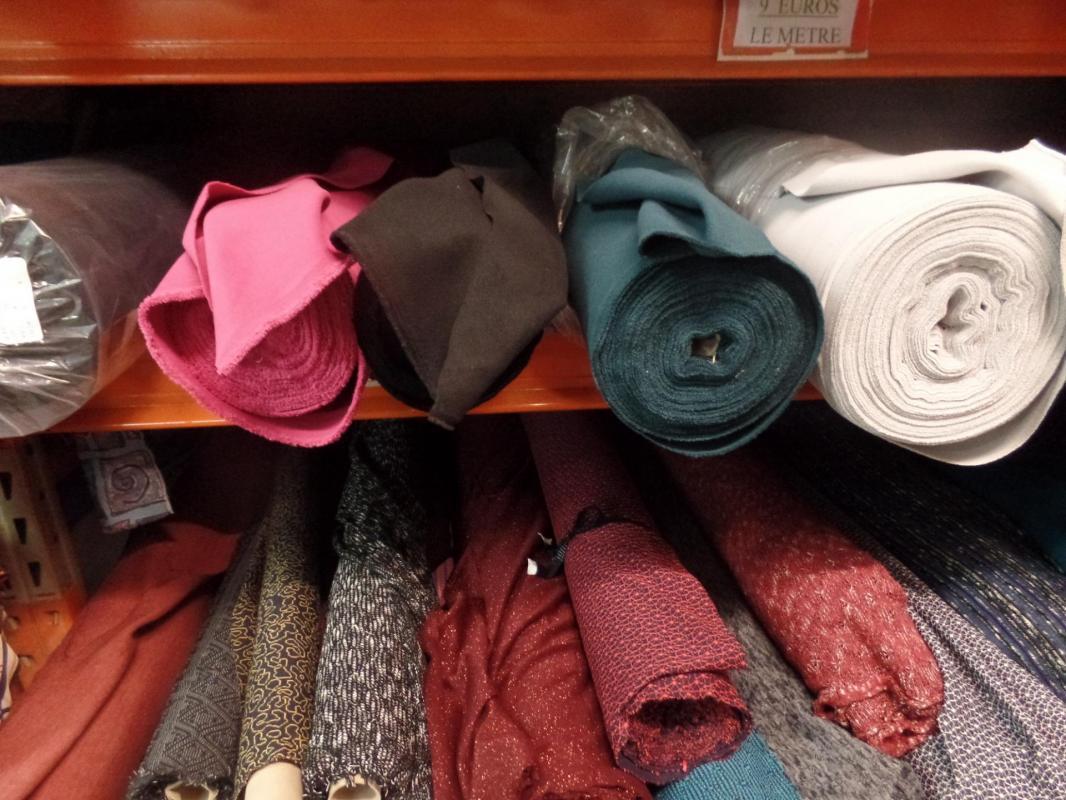 Photos de textiles maille et tissus caban pas cher la caverne aux mille tissus sur marseille