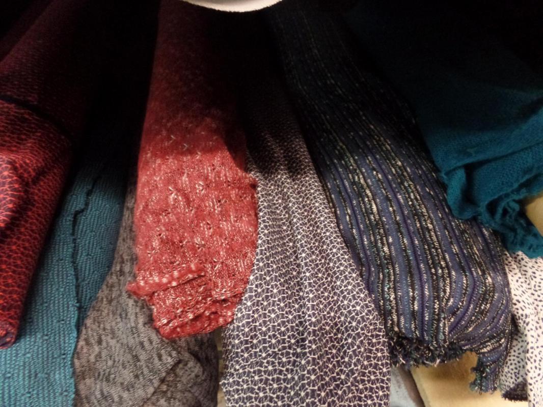 Photos des textiles mailles pas cher la caverne aux 1000 tissus sur marseille