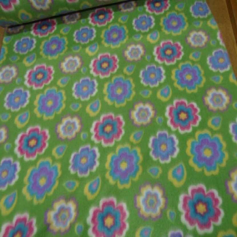 Polaire avec touche doudou verte a motifs fleurs