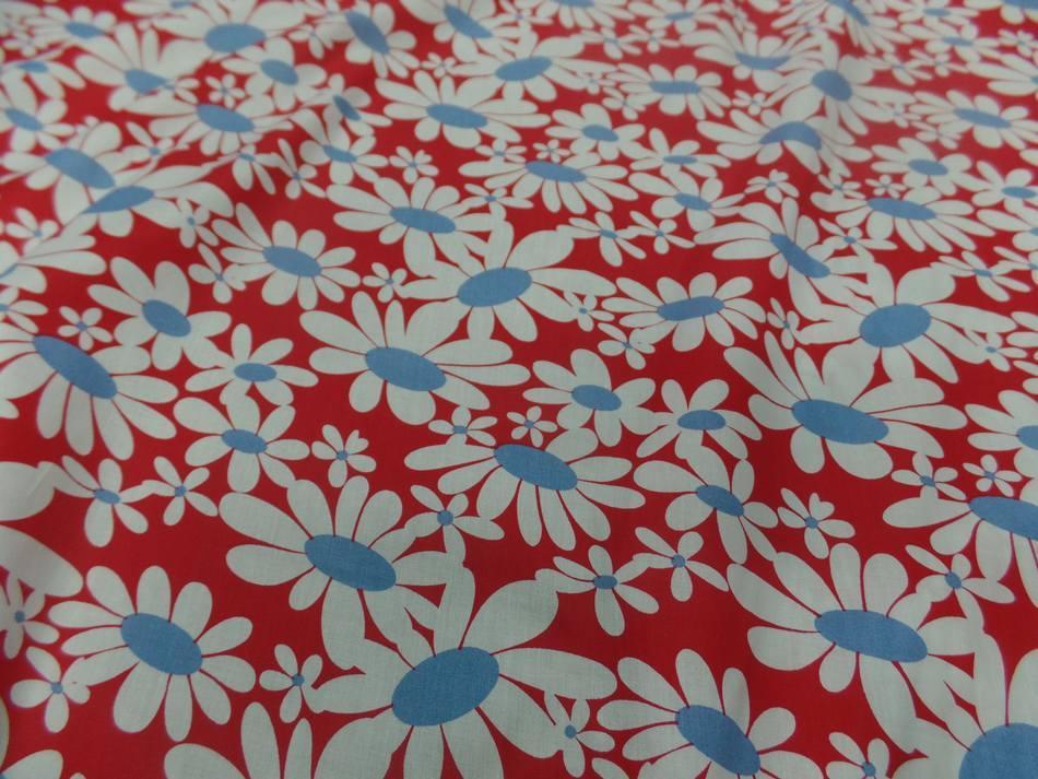 vente de Popeline 100% coton rouge imprimé fleurs blanche et bleu