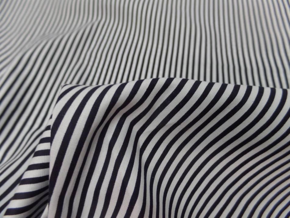 vente de popeline coton 100% blanche imprimé fine rayure noire a Marseille