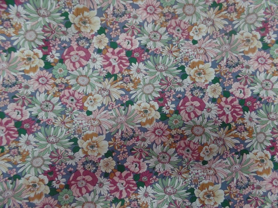VENTE DE TISSU popeline coton 100% imprimé fleurs ton rose pastel