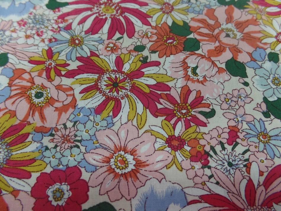 popeline coton 100% imprimé fleurs ton rouge, orange, bleu