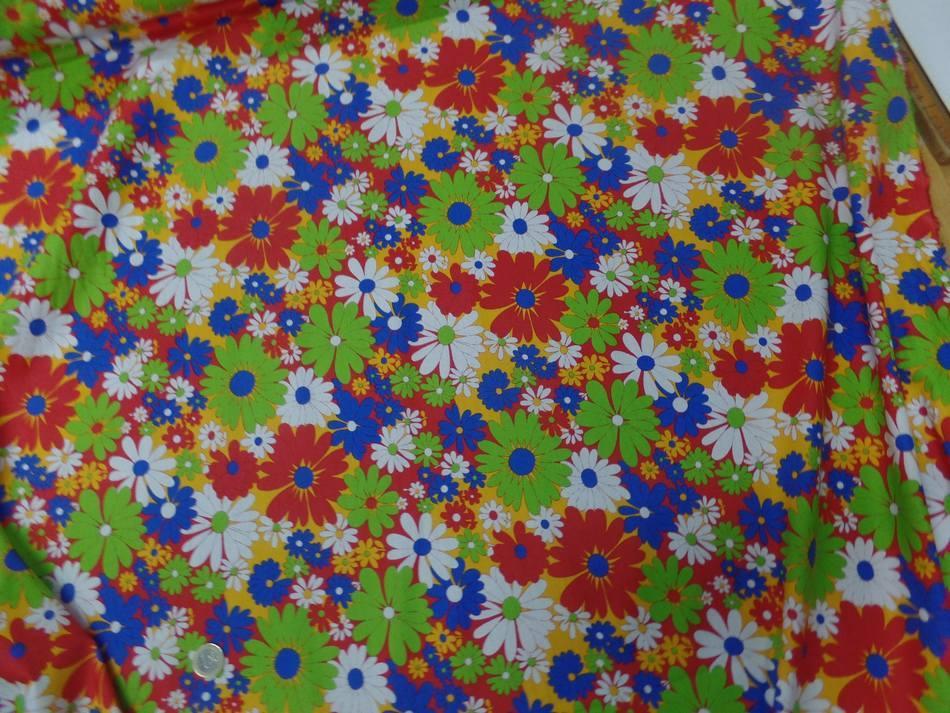 Popeline coton imprime fleurs ton rouge vert blanc bleu0
