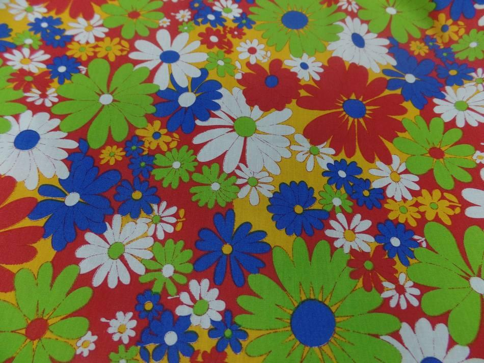 Popeline coton imprime fleurs ton rouge vert blanc bleu5