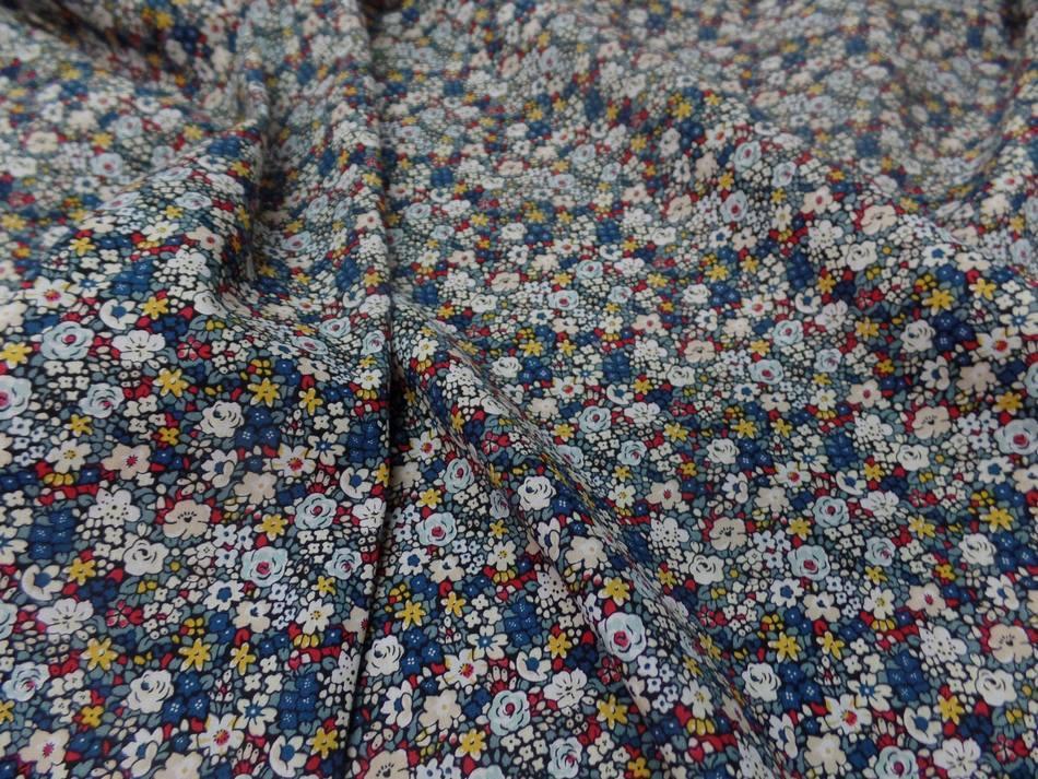 Popeline coton imprime liberty fleurs blanc bleu jaune et rouge8