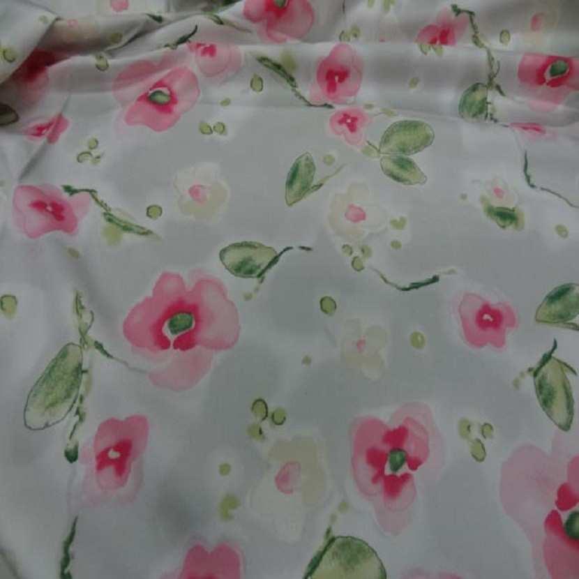 Popeline coton lycra blanche imprime fleurs rose4