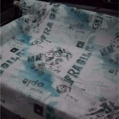 Resille blanche imprime bleu