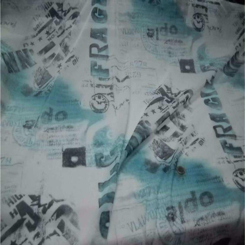 Resille blanche imprime bleu7