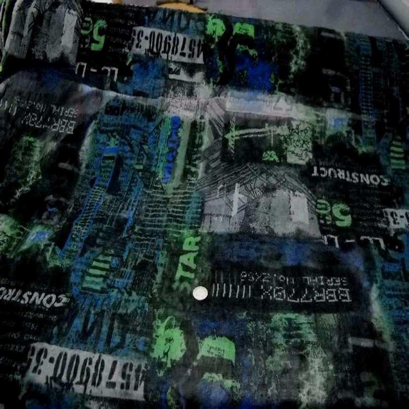 Resille froisse permanent imprime ton noir bleu vert9