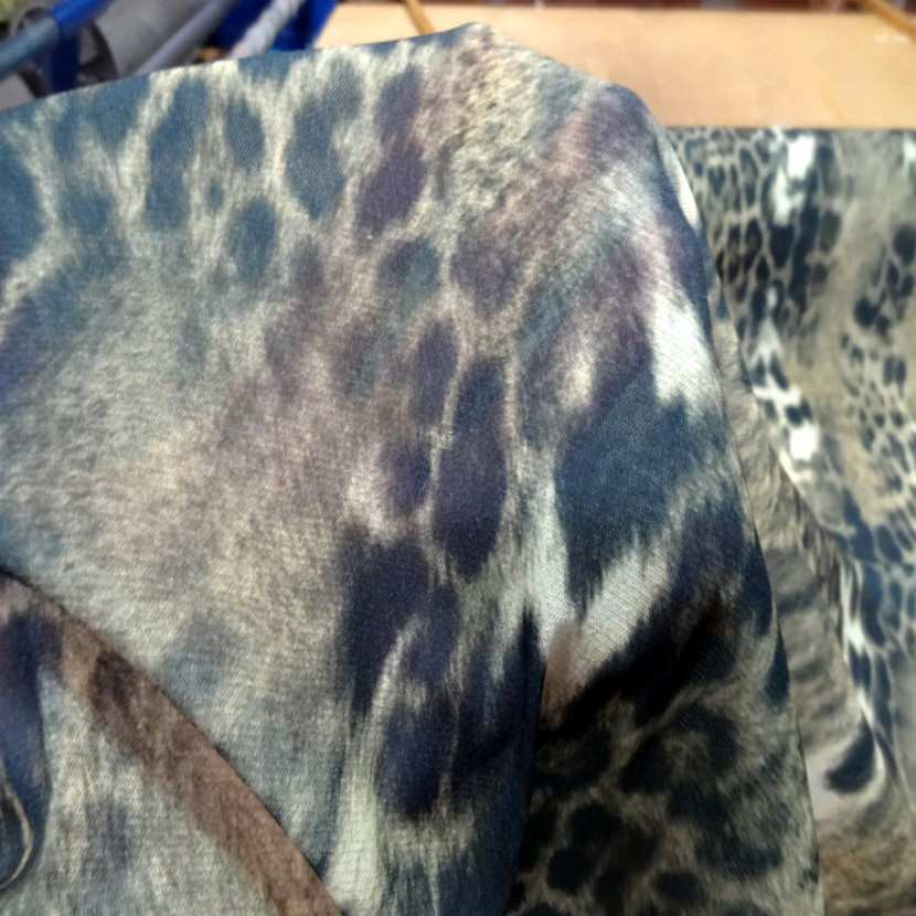 Resille lycra imprime leopard6