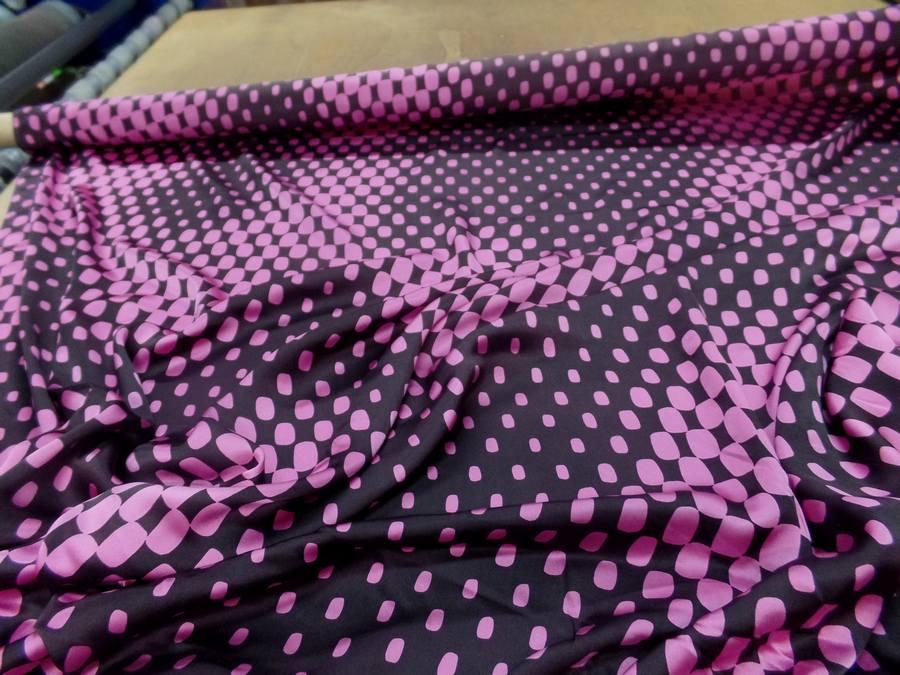 Satin de soie imprime annee 70 ton marron et rose