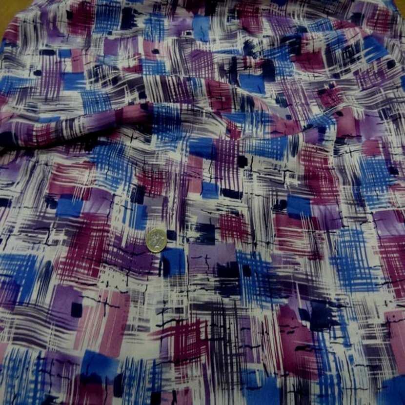 Satin de soie imprime ton violet bleu blanc5