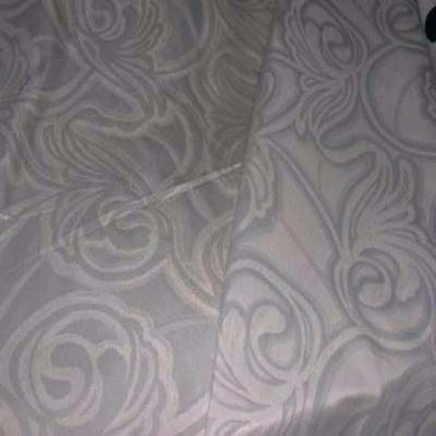 Satin double faconne face ton gris motifs art deco