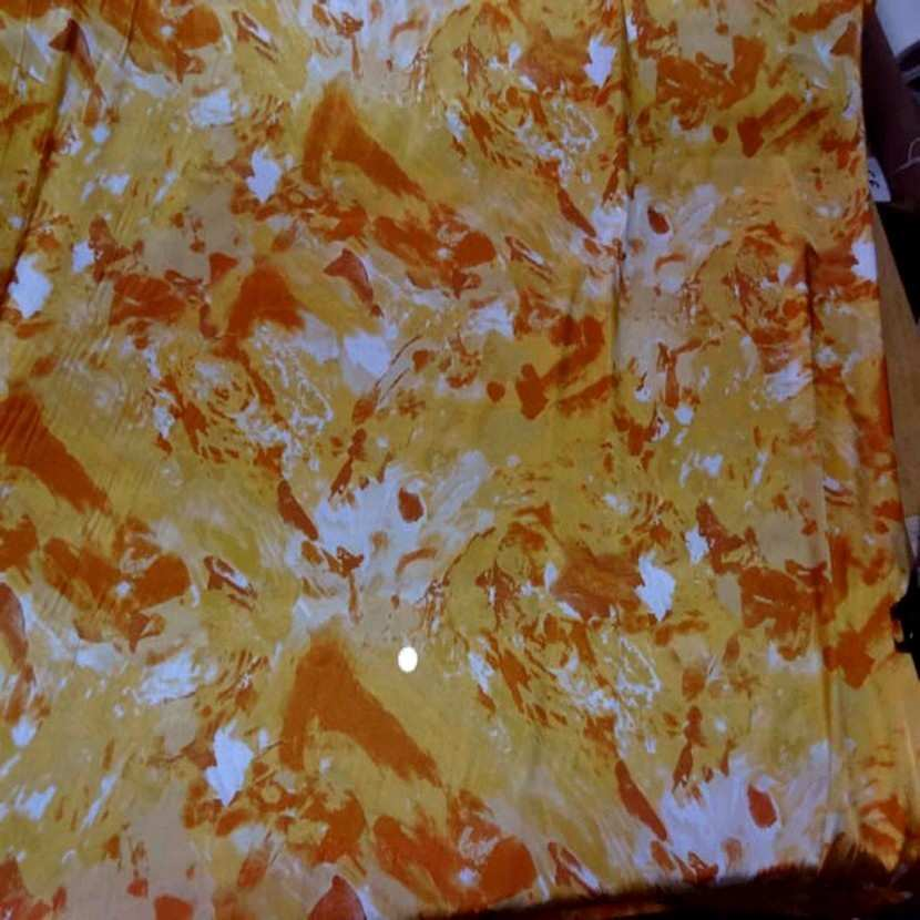 Satin lycra imprime ton orange