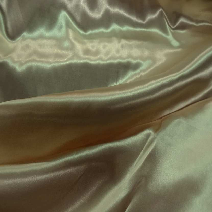 Satin polyester beige dore