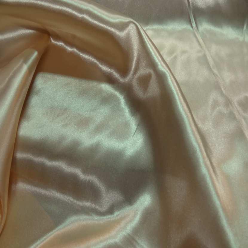 Satin polyester beige dore0
