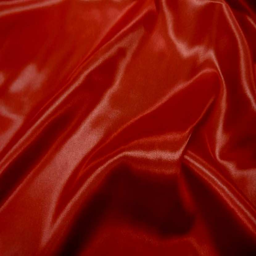 Satin polyester rouge6