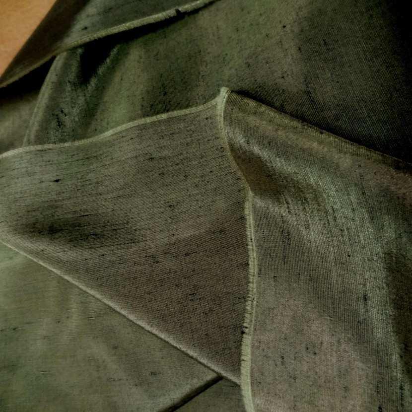 Satine effet dupions kaki polyester viscose 1