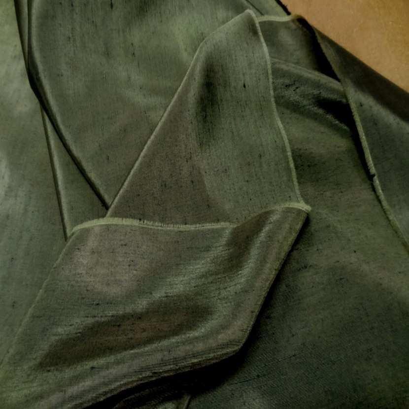 Satine effet dupions kaki polyester viscose1