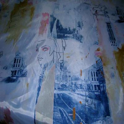 Satine imprime blanc bleu