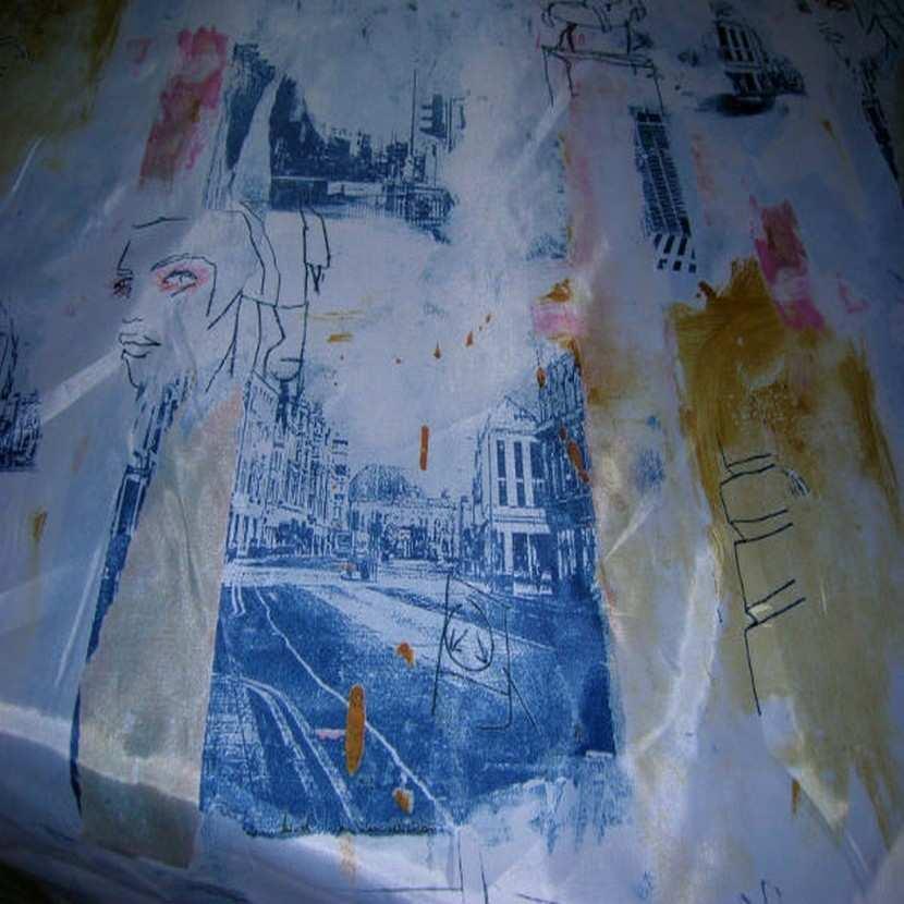 Satine imprime blanc bleu6