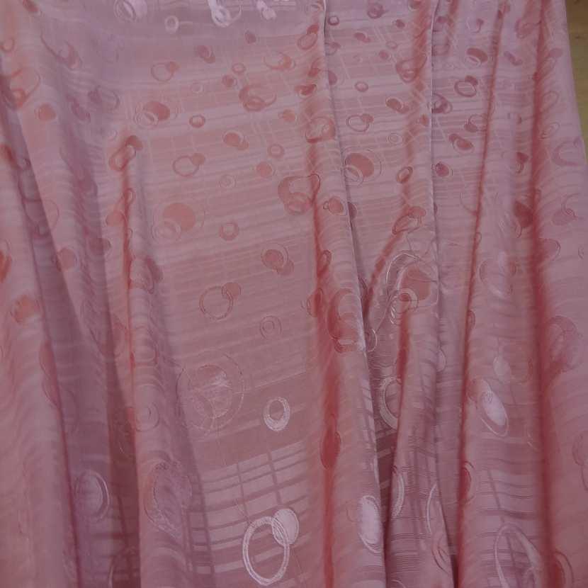 Satine rose brode a motifs ton sur ton8